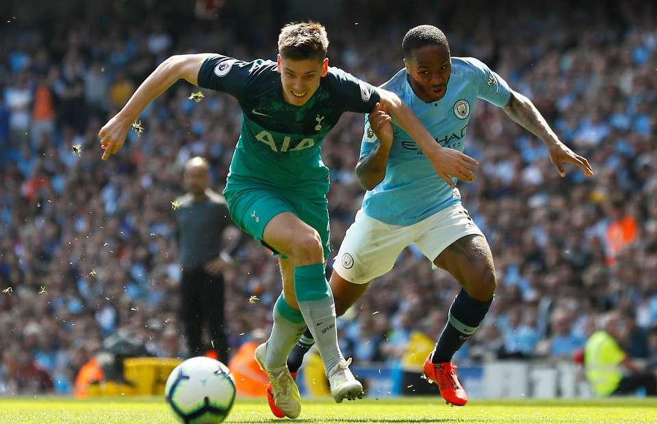 Leeds United target move for Tottenham starlet Juan Foyth