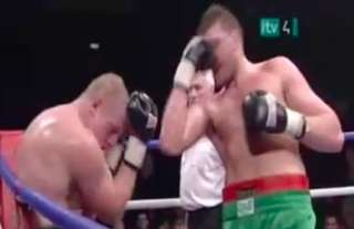 The clip of Tyson Fury punching himself in the face will never get old!