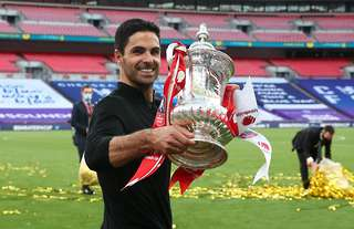 Mikel Arteta with the FA Cup