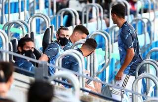 Gareth Bale subs bench