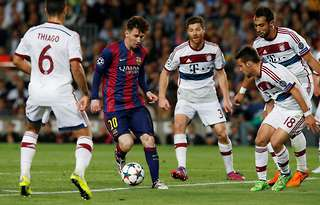 Barcelona Vs Bayern Munich Lionel Messi S Incredible Performance From 2015 Goes Viral Givemesport