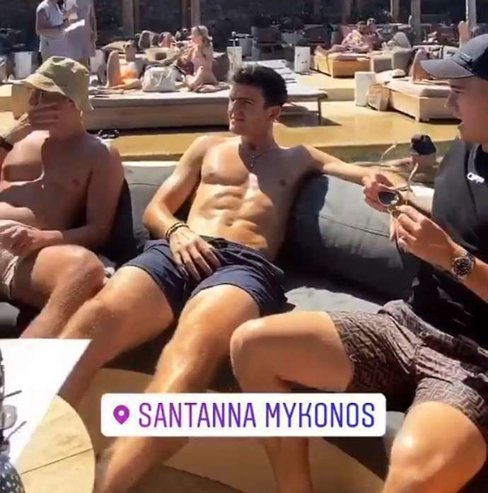 harry maguire and his pals racked up a 63 000 bar tab before his arrest in mykonos givemesport bar tab before his arrest in mykonos