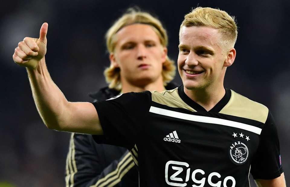 Donny Van De Beek S House Video Impresses Man United Fans After 40m Fee Is Agreed Givemesport