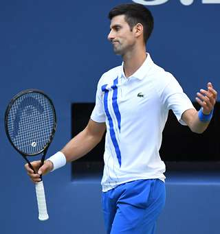 Us Open Roger Federer Wouldn T Have Been Disqualified Like Novak Djokovic Was Givemesport
