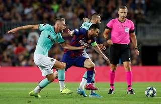 Marcelo Brozovic vs Barcelona