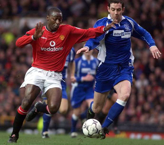 Cole in action for Man Utd