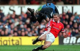 Roy Keane captains Manchester United
