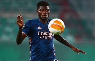 Thomas Partey in action for Arsenal vs Rapid Wien