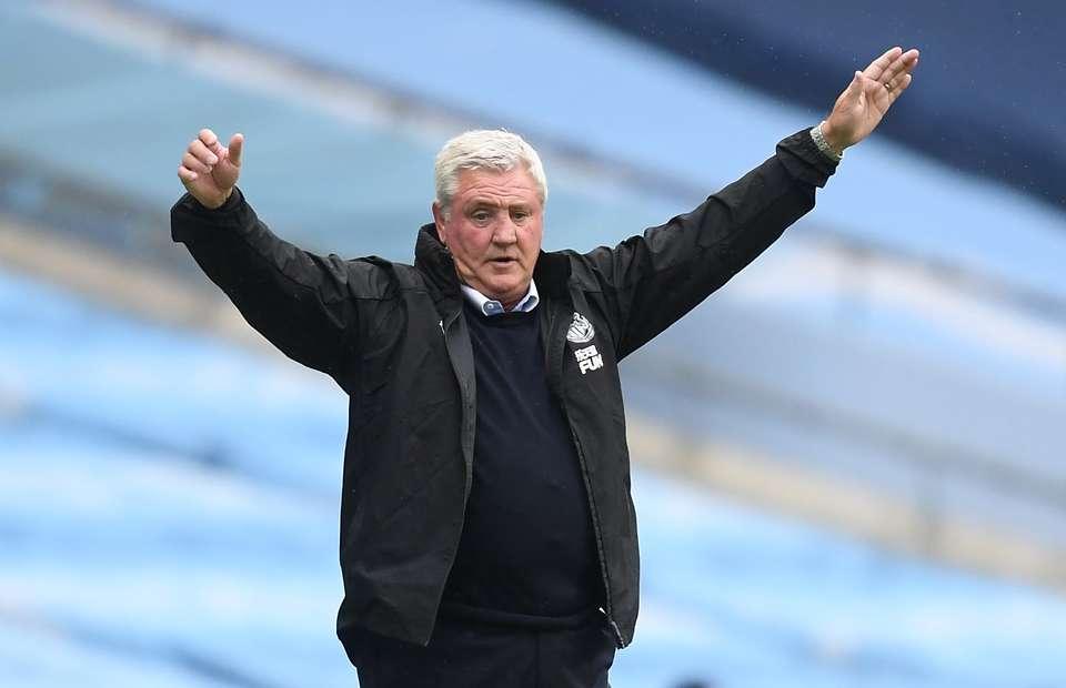 Newcastle United plot move for defensive colossus