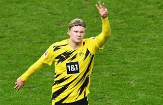 Erling Haaland in action for Dortmund vs Hertha Berlin