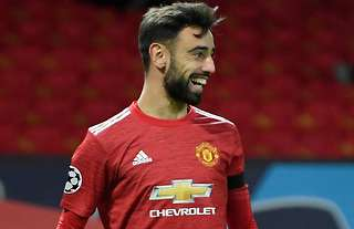 cauom8qy8n4aum https www givemesport com 1621455 man united vs istanbul basaksehir bruno fernandes opens scoring with absolute rocket